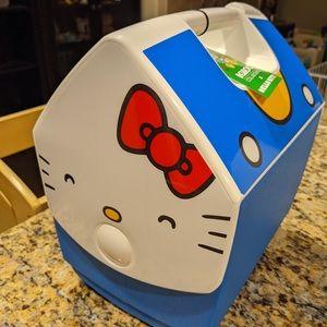 NEW Hello Kitty x Igloo 7 Qt Cooler Blue